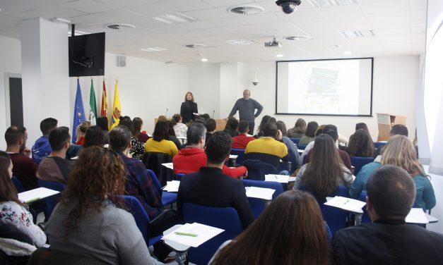 Casi 200 estudiantes participan en dos actividades formativas sobre ciberseguridad y emprendimiento