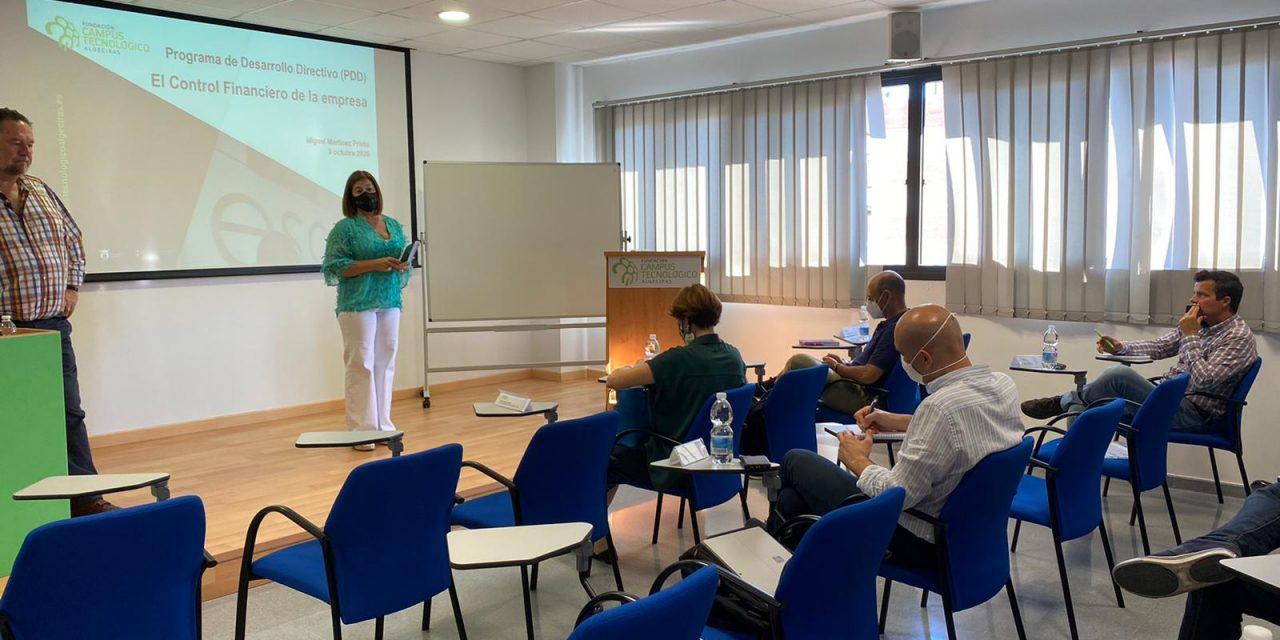 La cuarta sesión del PDD de la Fundación Campus Tecnológico aborda la importancia del control financiero en una empresa